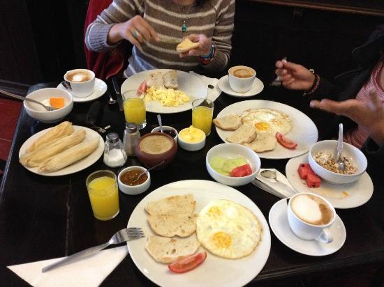 El Albergue Ollantaytambo: Half of our Free Breakfast