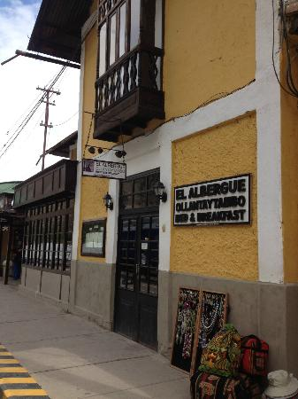 El Albergue Ollantaytambo: Front