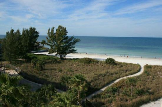 Siesta Sands Beach Resort: View from the balcony of one of our units