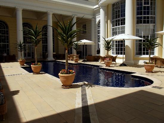 Southern Sun The Cullinan: pool