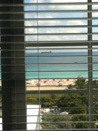 SLS South Beach: awesome view from room, is the beach busy?