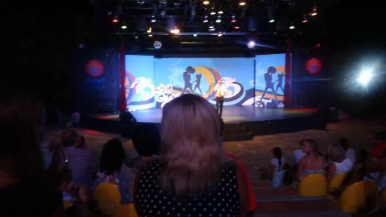 Barut Lara: Theater