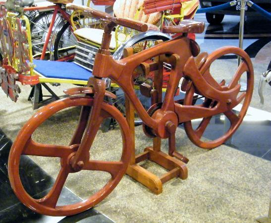Galeria Perdana: Wooden Bike