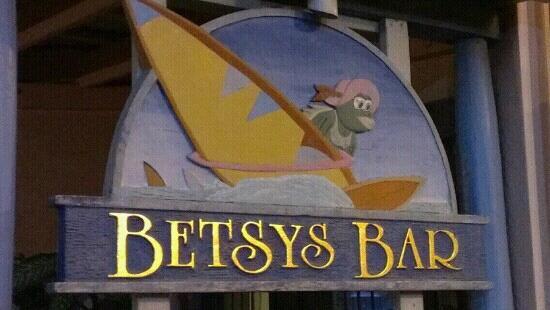 Betsy's Bar