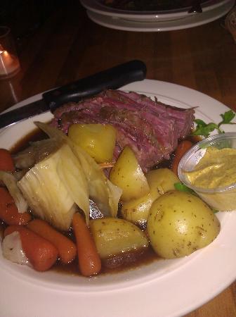 King's Creek Inn: Dining