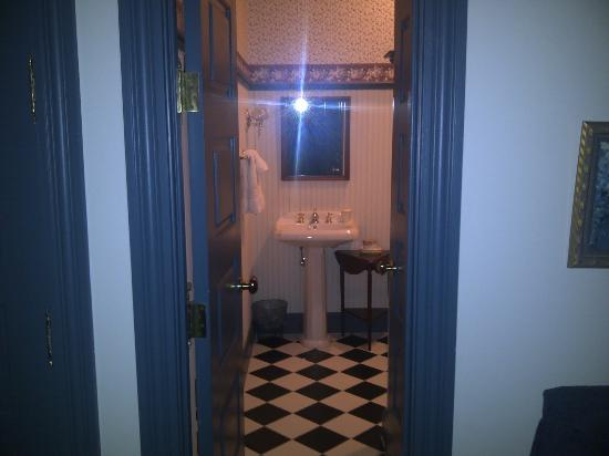 King's Creek Inn: Our suite