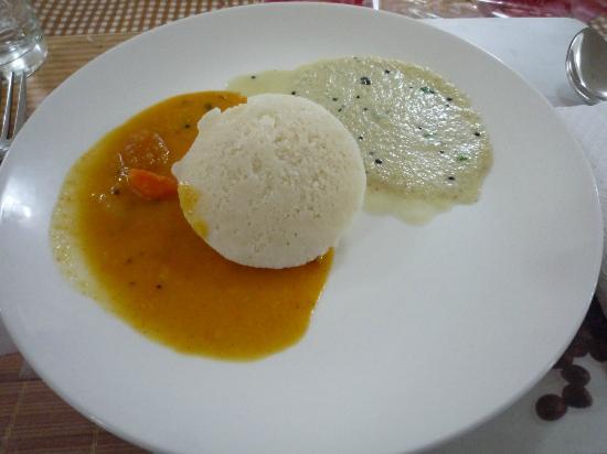 Pinewood Guest House : nice food