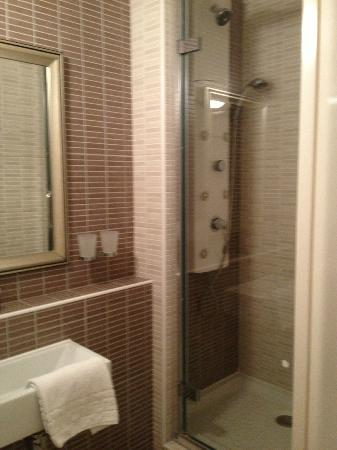 Royal Regency: ensuite bath