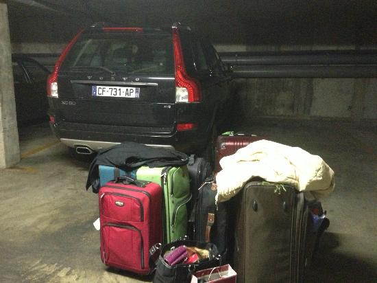 Royal Regency: Parking garage and our luggage