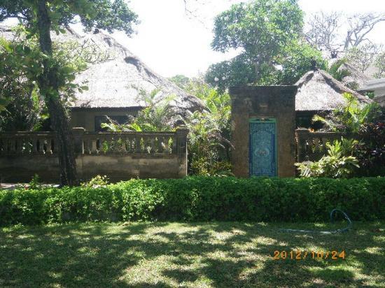 ذا رويال بيتش سمينياك بالي - مجالري كولكشن: The Royal Beach Seminyak Bali - villa102