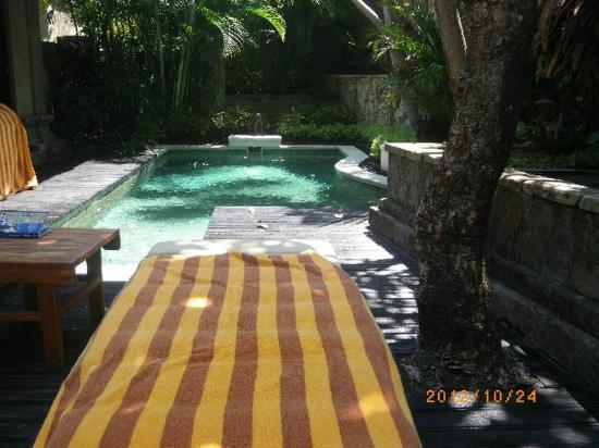 โรงแรมรอยัลบีชเซมินยัคบาหลี: The Royal Beach Seminyak Bali - villa102 private pool