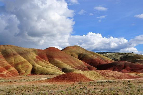 ‪‪John Day Fossil Beds National Monument‬: Painted Hills, Oregon