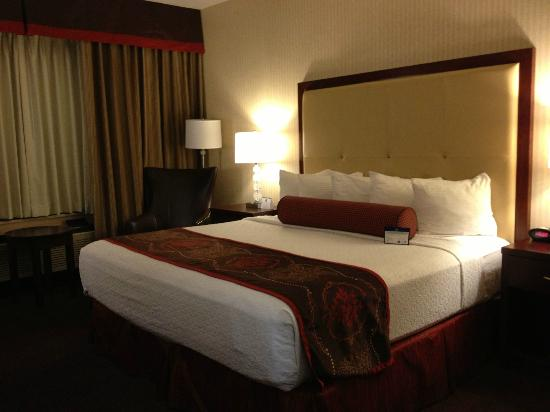 BEST WESTERN PLUS Abbey Inn: single king room