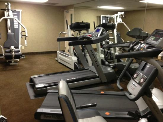 BEST WESTERN PLUS Abbey Inn: Fitness room (basic but good)