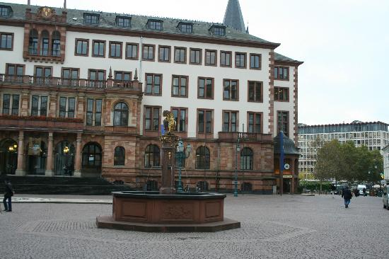 Der Andechser im Ratskeller: Wiesbaden Town Hall. Ratskeller is on the right side of the hall.