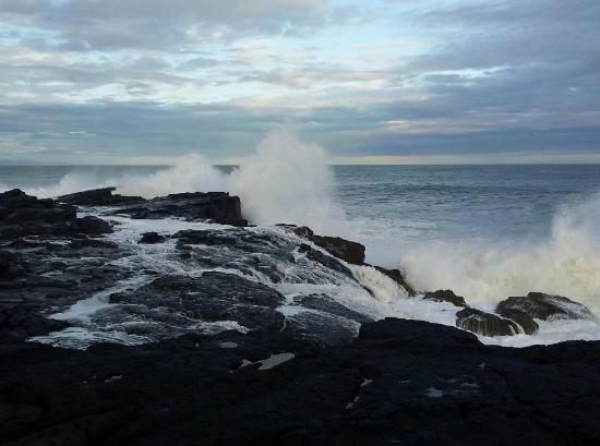 Hja Jonna: 500 meters from the house there is a rocky beach.