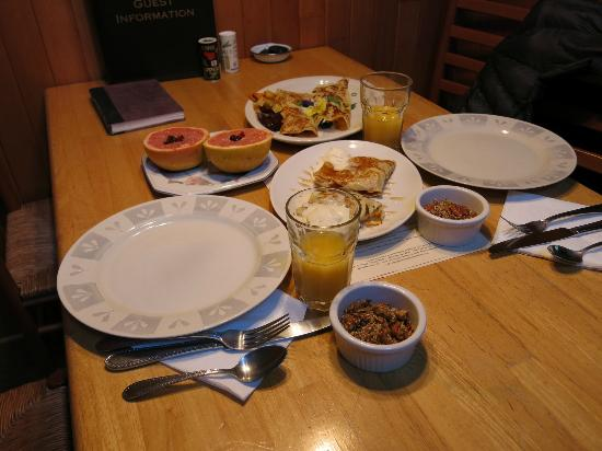 Tucker House Inn : Breakfast