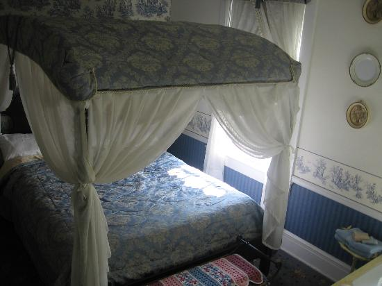 Abbey's High Street Bed and Breakfast: Room with Jacuzzi (not in picture)