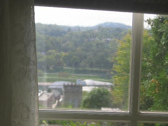 Abbey's High Street Bed and Breakfast: View from room looking toward Main Street - Galena