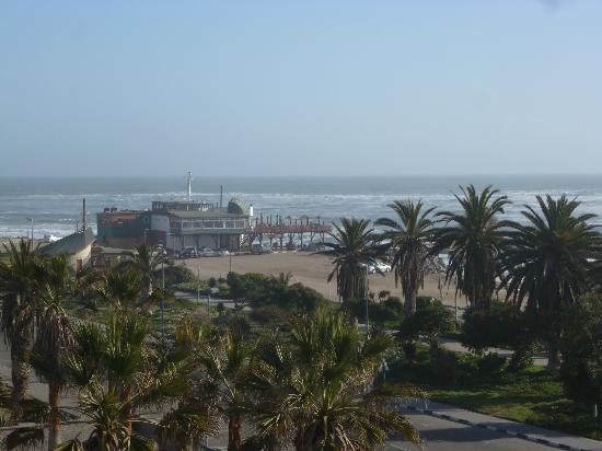 Hotel Zum Kaiser: View of ocean from rooftop terrace