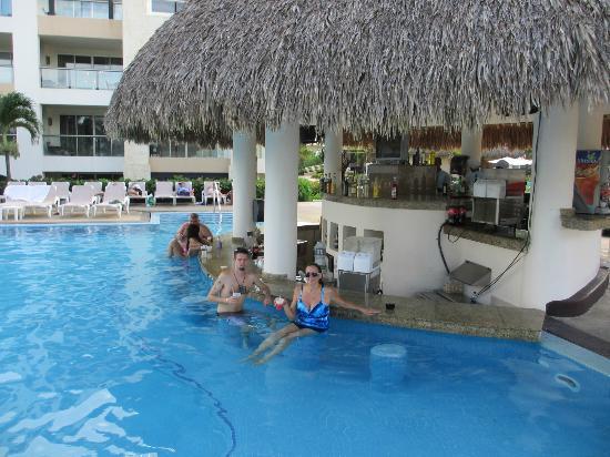 hard rock hotel casino punta cana ill have a banana monkey - Punta Cana Resorts Hard Rock Hotel