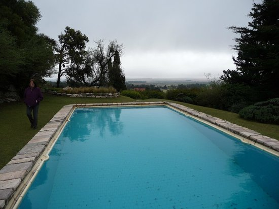 Castillo de Mandl: Pool with a view