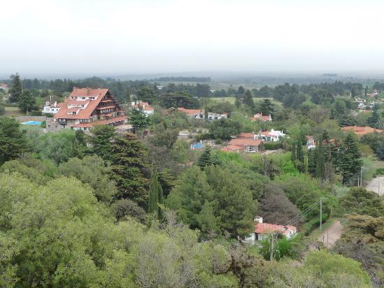 Castillo de Mandl: La cumbre village