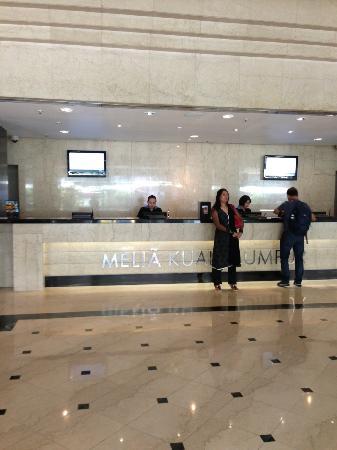 Melia Kuala Lumpur: Reception