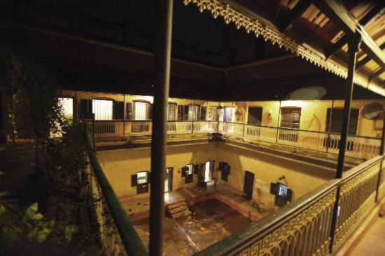 Itachuna Rajbari: Andormohol