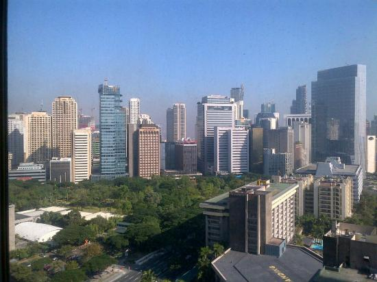 Makati Shangri-La, Manila: View from the hotel room