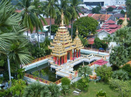 Dharmikarama Burmese Temple : Looking from the Bell Tower