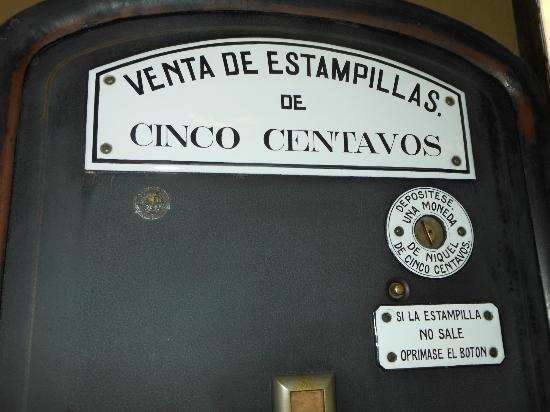 Palacio Postal: Antique stamp machine OCT2012