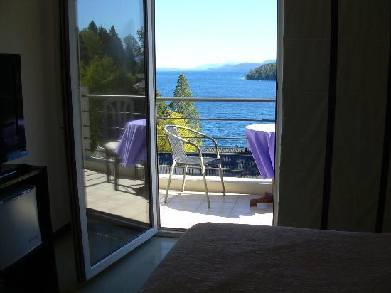 Altuen Hotel Suites&Spa: Vista desde nuestra Cama