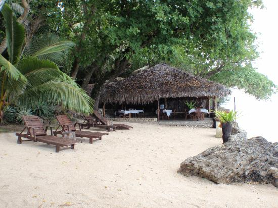 Paradise Cove Resort: Beach Area