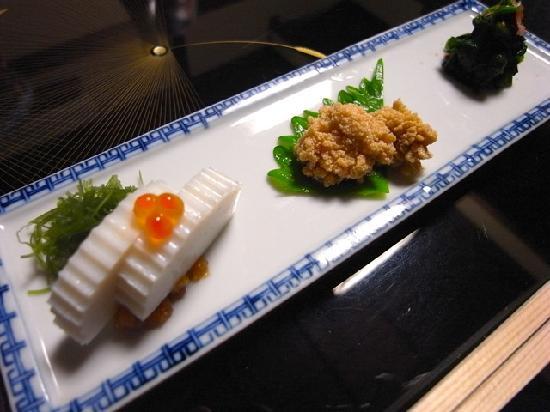 Ishibashi: お通し2品目 つまみ3種盛り