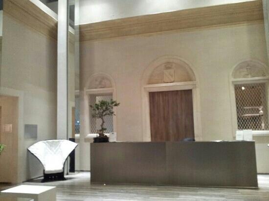 Hotel Romano House: Hall