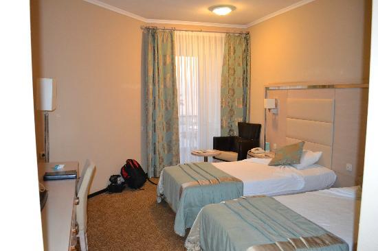 Grand Belish Hotel: Standard twin room