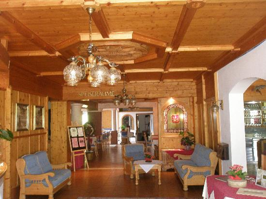 Hotel Ferienwelt Kristall: recepcion hotel