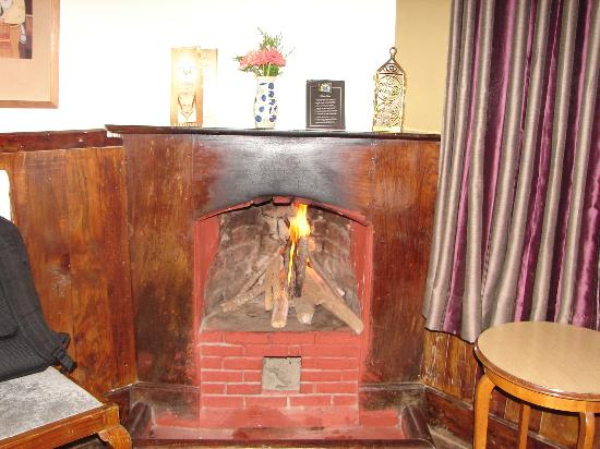 King's Cliff: Fire place