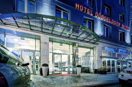 Hotel Düsseldorf Mitte: Aussenansicht
