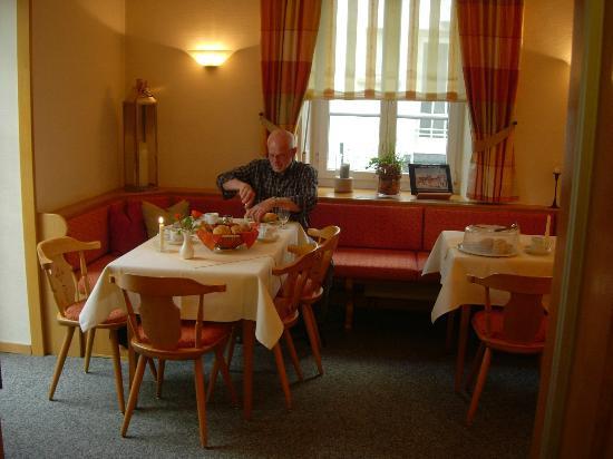 Pension Erb : Gezellig ontbijten