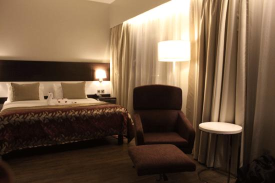 Eka Hotel Nairobi: Nicely appointed guest room
