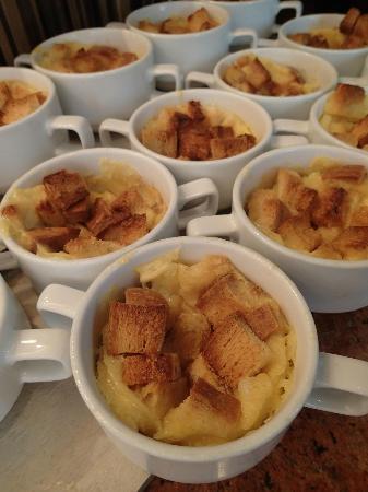 Novotel Phuket Vintage Park: Bread pudding