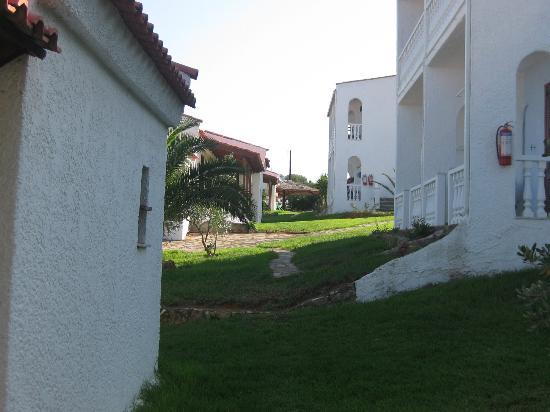 Hotel Navarone: 2