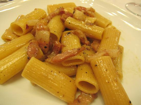 Lorel in the World : Pasta with pepper and bacon