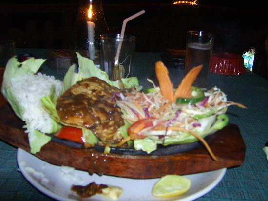 Sunshine Cafe/Sea Food Restaurant: cizzler....hhhhm
