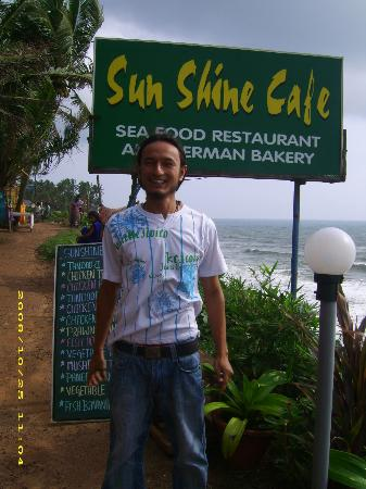 Sunshine Cafe/Sea Food Restaurant: welcome...