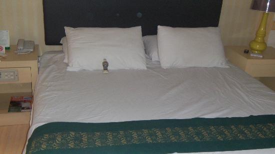 ibis Styles Bangkok Khaosan Viengtai: Comfy Bed.......