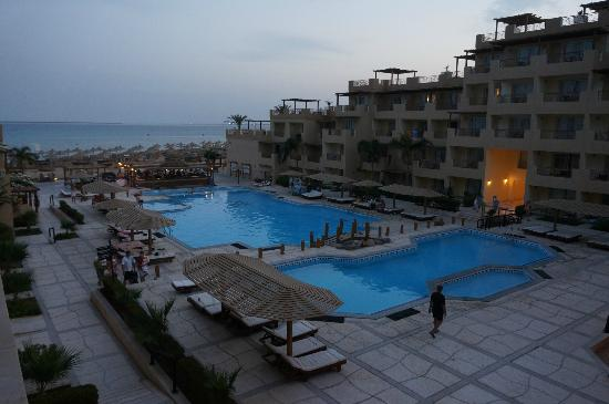 Imperial Shams Resort: View from balcony - 5am