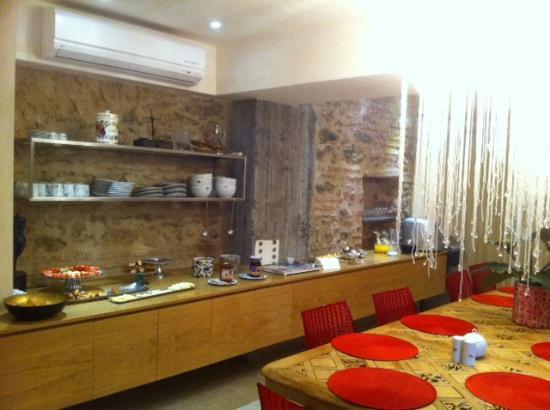 Nuru Ziya Suites: Vistas del comedor
